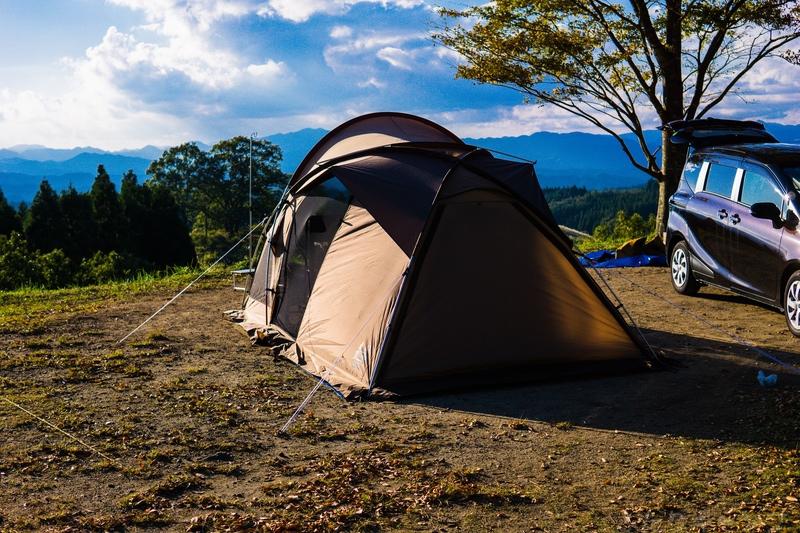 テント後方